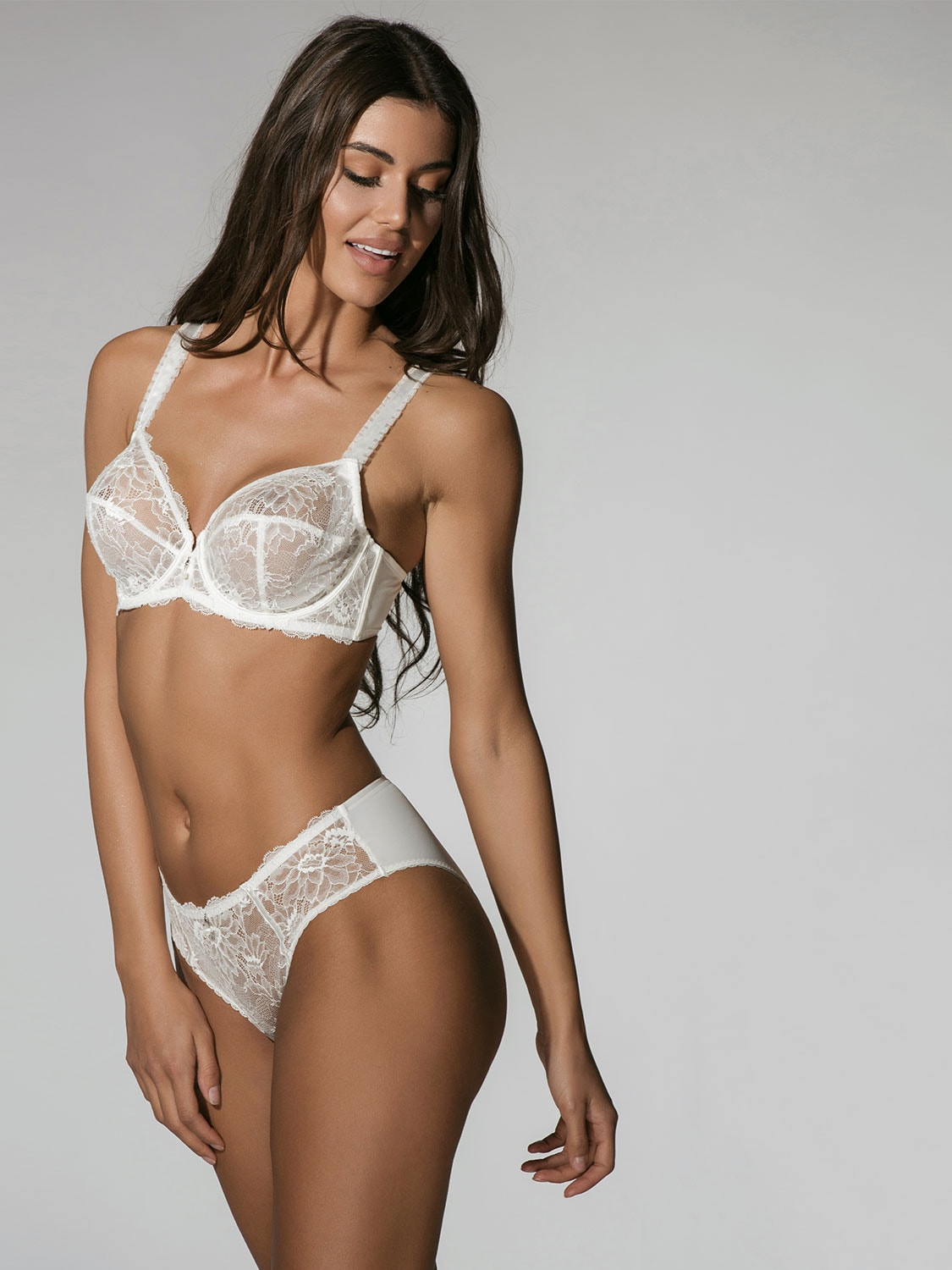 Character 23001 brief ivory side